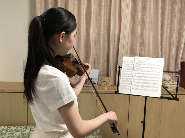 ピアノとバイオリンのレッスン