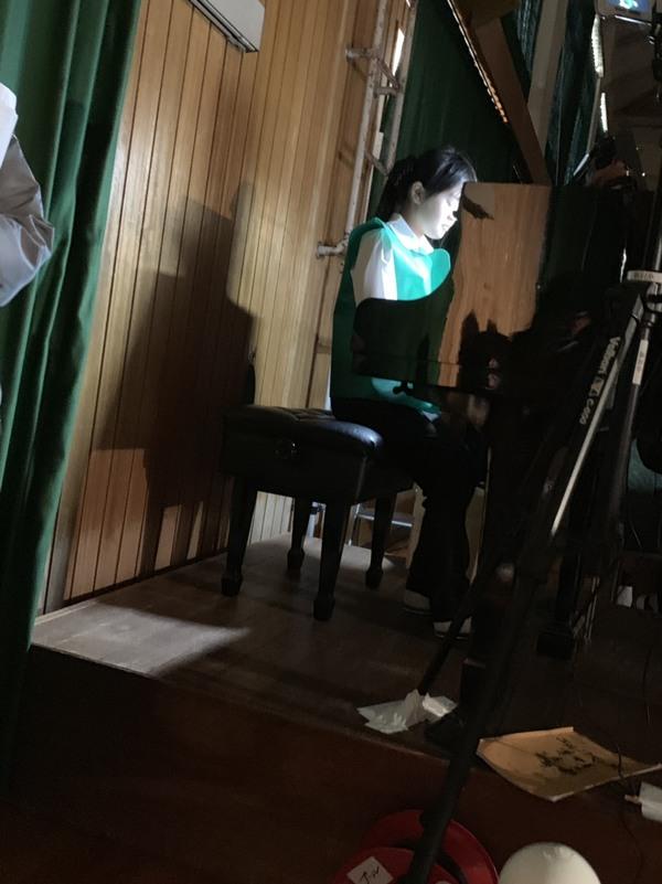 学芸会でピアノ伴奏